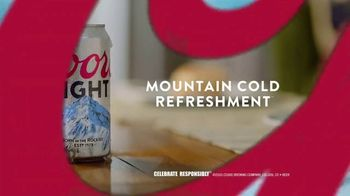 Coors Light TV Spot, 'The Official Beer of Saturday Morning: Rerun' Song by Roger Miller - Thumbnail 9