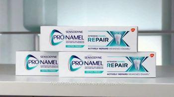 ProNamel Intensive Enamel Repair TV Spot, 'Repairing Damage From Acidic Foods' - Thumbnail 4