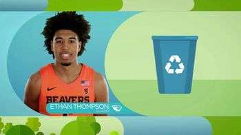 Pac-12 Conference TV Spot, 'Team Green: Oregon State' - Thumbnail 5