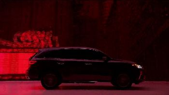2020 Acura MDX TV Spot, 'Designed for Where You Drive: Chi-Town' Song by Lizzo [T2] - Thumbnail 5