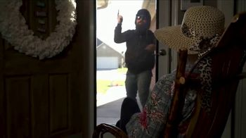 Security Screen Masters TV Spot, 'Starts With the Front Door' - Thumbnail 4