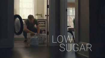 Pure Protein Lemon Cake TV Spot, 'Feed a Healthy Lifestyle' - Thumbnail 5