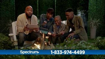 Spectrum TV and Internet TV Spot, 'Got Game: 200 Mbps' - Thumbnail 7