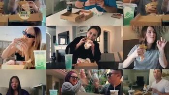 Taco Bell $5 Chalupa Cravings Box TV Spot, 'Friends'
