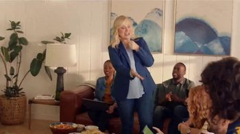 XFINITY Internet TV Spot, 'Fan Favorite Venue: 200 Mbps' Featuring Amy Poehler - Thumbnail 2