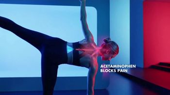 Advil Dual Action With Acetaminophen TV Spot, 'Fights Pain in Two Ways' - Thumbnail 8