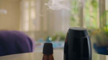 Air Wick Essential Mist TV Spot, 'Feel the Mist' - Thumbnail 4