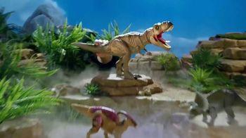 Epic Roarin' T-Rex TV Spot, 'Warning to All' - Thumbnail 9