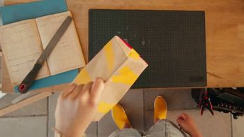 McDonald's TV Spot, 'More Than an Order: Bundle' - Thumbnail 6