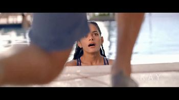 Kay Jewelers TV Spot, 'OMG Yes: Zero Down Payment' Song by Harriet Whitehead - Thumbnail 3