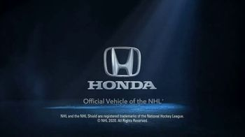 Honda Summer Clearance Event TV Spot, 'Get Back on the Road: CR-V & HR-V' Song by Danger Twins [T1] - Thumbnail 9