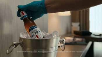 Michelob Ultra TV Spot, 'Bubble Room' Song by Ripple - Thumbnail 3