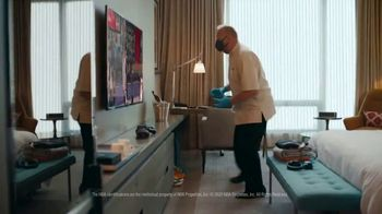 Michelob Ultra TV Spot, 'Bubble Room' Song by Ripple - Thumbnail 6