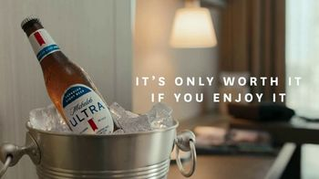 Michelob Ultra TV Spot, 'Bubble Room' Song by Ripple - Thumbnail 8
