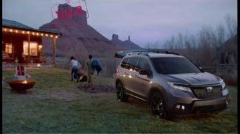 Honda Passport Elite TV Spot, 'Destination: Adventure' Song by Wolfmother [T1] - Thumbnail 6