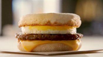 McDonald's Buy One, Get One for $1 TV Spot, 'Un solo desayuno' [Spanish] - Thumbnail 1