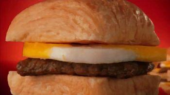 Wendy's Breakfast TV Spot, 'Tell a Friend' - Thumbnail 9