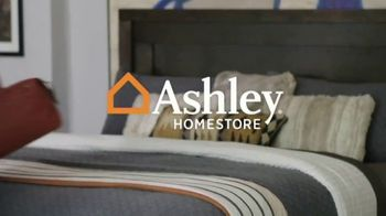 Ashley HomeStore Labor Day Mattress Sale TV Spot, 'Up to $1,100 Off' - Thumbnail 1
