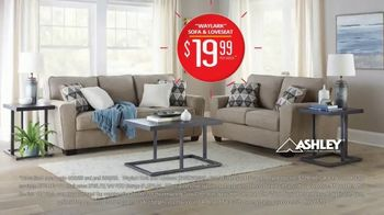 Rent-A-Center TV Spot, 'The Best Place to Be: Waylark Sofa & Loveseat' - Thumbnail 7