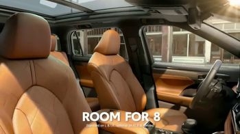2020 Toyota Highlander TV Spot, 'Aggressively Styled' [T2] - Thumbnail 5