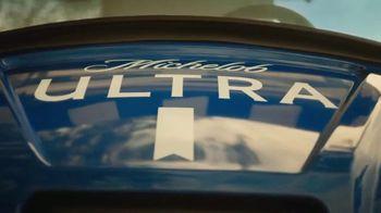Michelob ULTRA TV Spot, 'A Superior Beer Cart' - Thumbnail 5