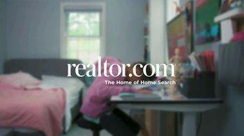 Realtor.com TV Spot, 'Friday' - Thumbnail 10