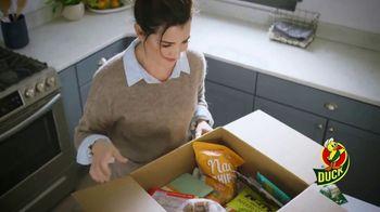 Duck Brand EZStart Packaging Tape TV Spot, 'Reaching Out' - Thumbnail 3