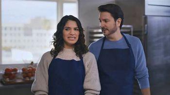 AT&T Wireless TV Spot, 'OK: Paella Class' - Thumbnail 5