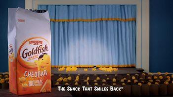 Goldfish TV Spot, 'Magic Show' - Thumbnail 9
