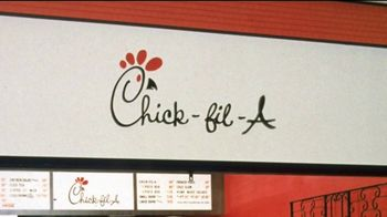 Chick-fil-A TV Spot, 'Little Things: Grade A' - Thumbnail 3