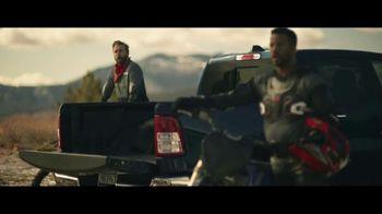 2020 GMC Sierra TV Spot, 'Jaw Drop: Bear' [T2] - Thumbnail 2