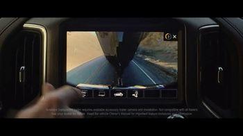 2020 GMC Sierra TV Spot, 'Jaw Drop: Bear' [T2] - Thumbnail 3