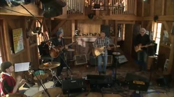 Effectv TV Spot, 'AXS TV: Live From Daryl's House' Feat. Jason Mraz, Elle King, Aloe Blacc - Thumbnail 5