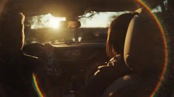 Chevrolet TV Spot, 'Chevy Cares: el camino despejado' [Spanish] [T2] - Thumbnail 1