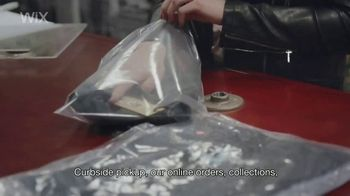 Wix.com TV Spot, 'This Clothing Gallery Evolved Online When COVID-19 Hit' - Thumbnail 5