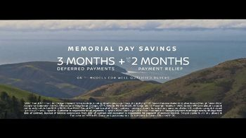 Nissan Memorial Day Savings TV Spot, 'Getting Back Out There' Song by The Artisanals [T2] - Thumbnail 6