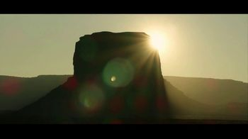 Jeep Labor Day Sales Event TV Spot, 'Awakening' Song by Ryan Taubert [T2] - Thumbnail 4