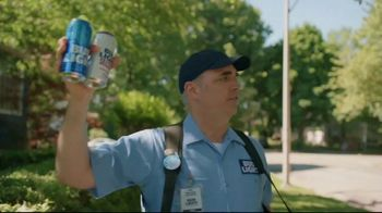 Bud Light TV Spot, 'Beer Vendor: Landscaping' - Thumbnail 4