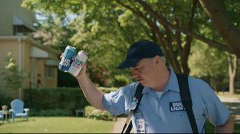 Bud Light TV Spot, 'Beer Vendor: Landscaping' - Thumbnail 6