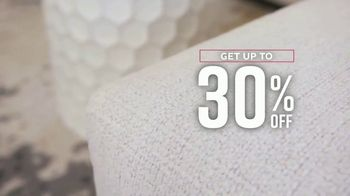 Ashley HomeStore Labor Day Sale TV Spot, 'Final Days: Up to 30% Off' - Thumbnail 4