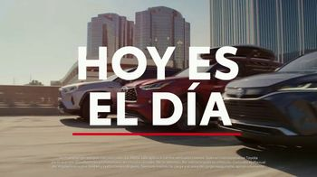 Toyota TV Spot, 'Today's the Day: energía híbrida' canción de Elvis Presley [Spanish] [T1] - Thumbnail 1