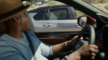 Toyota TV Spot, 'Today's the Day: energía híbrida' canción de Elvis Presley [Spanish] [T1] - Thumbnail 3