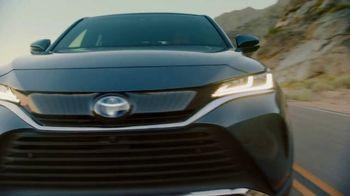 Toyota TV Spot, 'Today's the Day: energía híbrida' canción de Elvis Presley [Spanish] [T1] - Thumbnail 5