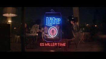 Miller Lite TV Spot, 'Amigos más cercanos' [Spanish] - Thumbnail 6