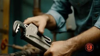 Crescent K9 Jaw Pipe Wrench TV Spot, 'Any Angle' - Thumbnail 1