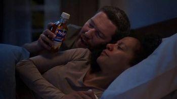 Vicks NyQuil Severe Honey Cold & Flu TV Spot, 'Calmante' [Spanish] - Thumbnail 4
