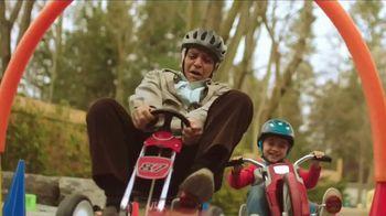 Honey Nut Cheerios TV Spot, 'Lo bueno rueda: Cinnamon Cheerios' [Spanish] - Thumbnail 3