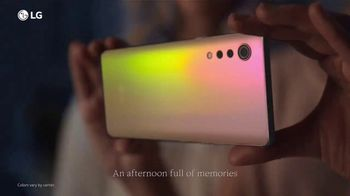 LG VELVET TV Spot, 'What's Your Favorite Thing?: AT&T: Upgrade' - Thumbnail 3