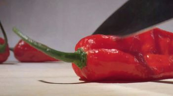 Popeyes Ghost Pepper Wings TV Spot, 'Oaxacaflaca' - Thumbnail 3