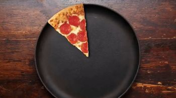 Pizza Hut TV Spot, 'Pie-Oneers: The Last Slice' Featuring Vanessa Gonzalez - Thumbnail 4